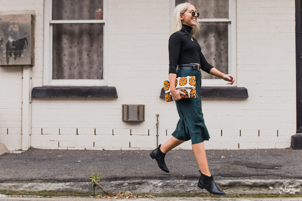 How to style your outfit with our carpet clutches