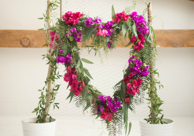 DIY Romantic Outdoor Wedding Backdrops Ideas