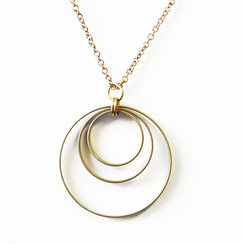 CONCETRIC CIRCLES NECKLACE-JEWELRY-Lulu-Bela