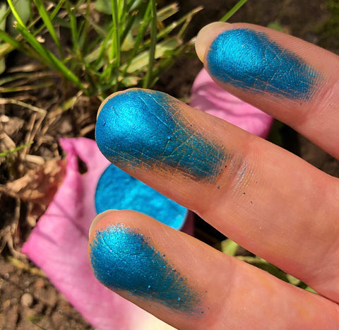 Metallic Blue Eyeshadow High shine pigmented unique colour on fingers