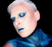 Load image into Gallery viewer, Male MUA in deep navy eyeshadoe pigmented avant editoria makeup affordable