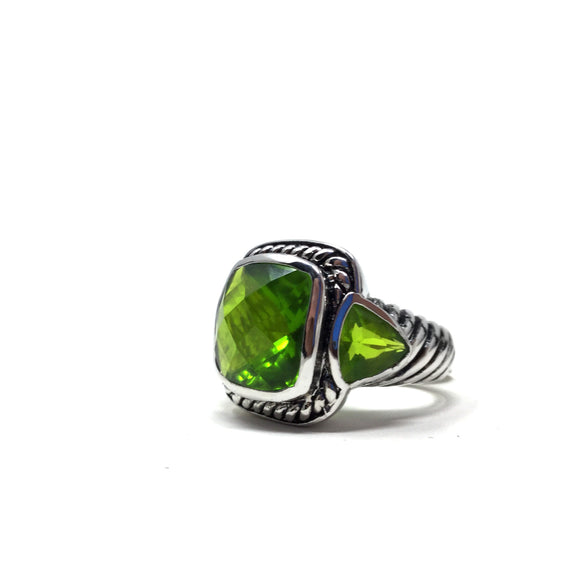 Green Faceted Glass Ring, size 7