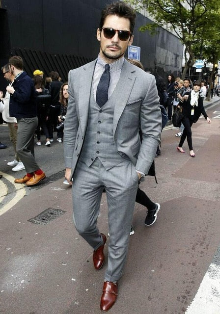 2019 Grey Men Tailor Made Suits Men Fashion Slim Fit Business Suits Male Wedding Grooming Best GroomsMan Suits Terno Masculino