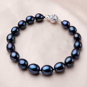 Women Natural 8-9mm White Flat Freshwater Pearl with Crystal and Agate Necklace