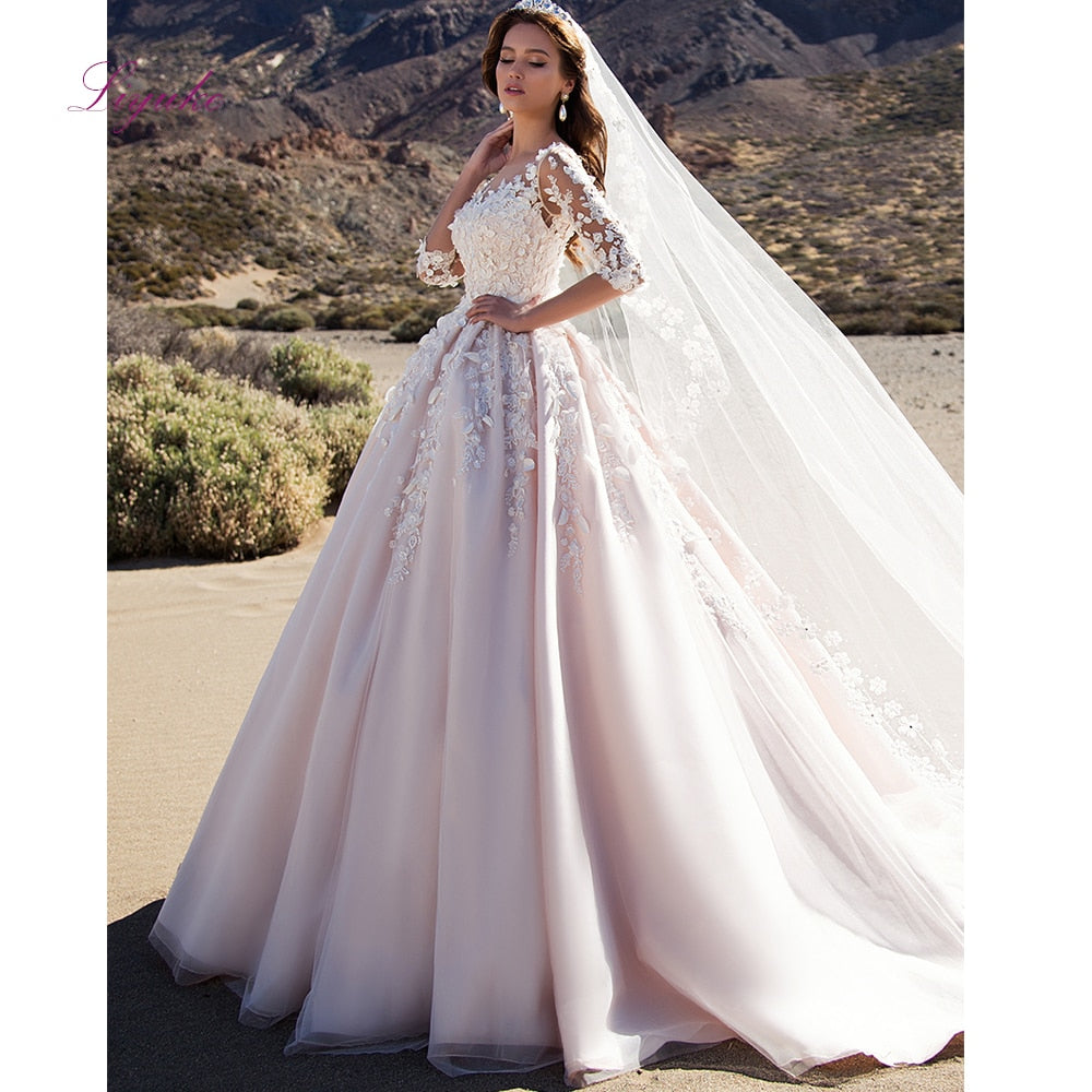Liyuke 2019 Married Wedding Dress Winter Ball Gown Scalloped Neck Lace Appliques Three Quarter Sleeves Customized Floor Length