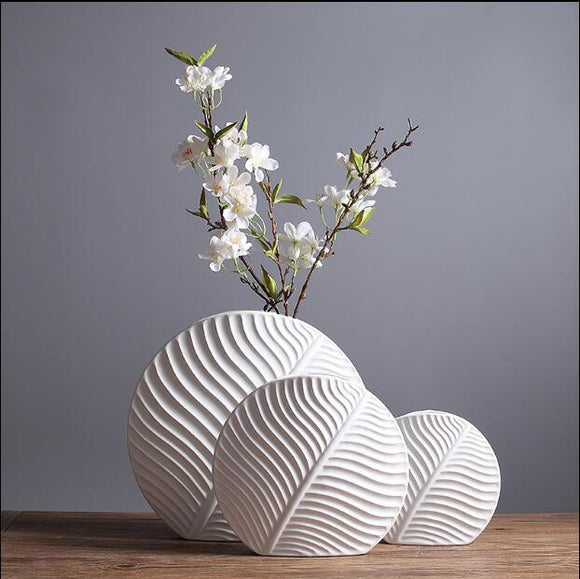 Nordic style ceramic vase Modern minimalist fashion living room model room flower decoration home decoration ornaments