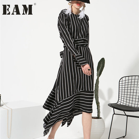 [EAM] 2018 New Sping Round Neck Long Sleeve White Striped Loose Chiffon Dress