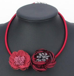 2018 New Handmade Fabric Flower Necaklaces Elegant Statement Choker Necklace