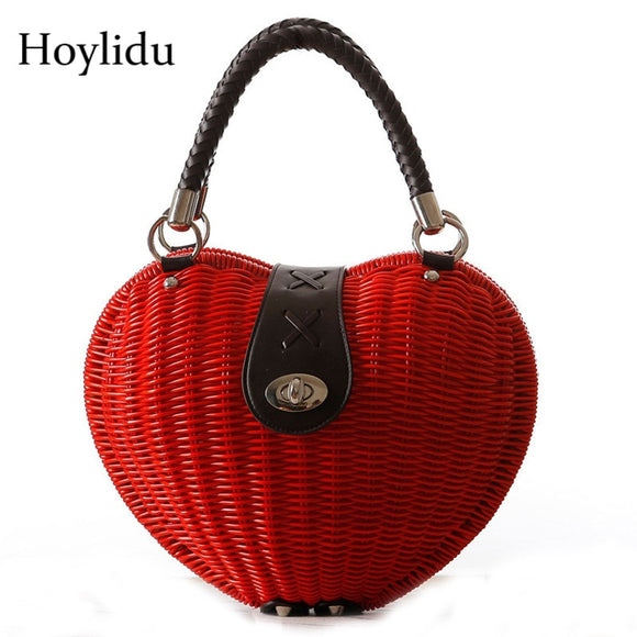 2018 New Korean Women Handbag Heart Rattan Handmade Weave Bag Fashion High Quality Weaving Beach Straw Bag Girls Red Evening Bag