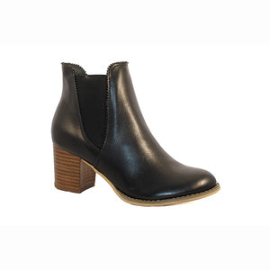 Isabella Brown Sofia Black Boots