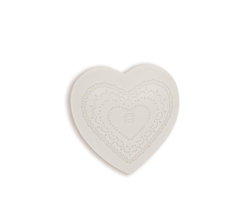 Que de l'Amour 100g Heart Soap - Lothantique USA