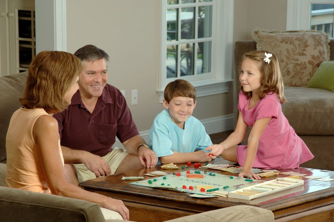 FAMILY GAMES TO PLAY AT PARTIES
