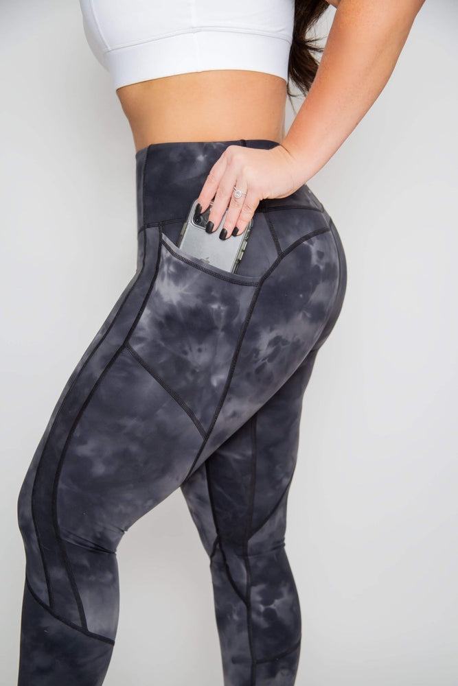 Heart-shape 7/8 Length Legging - Black Tie-dye