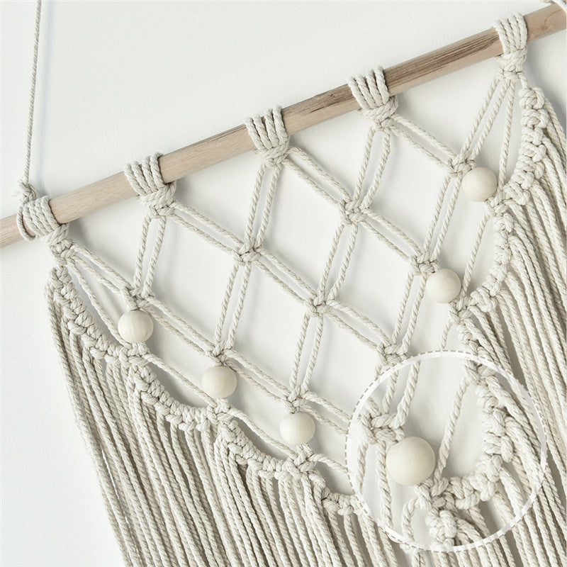 Natural Triangle Knots Macrame