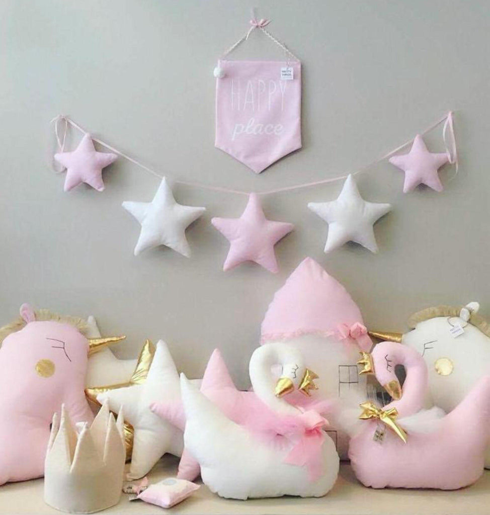 Twinkle Stars Wall Garland (3 Colors)
