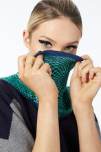 PURE COTTON SNOOD SAVVY - Navy Green Chessboard