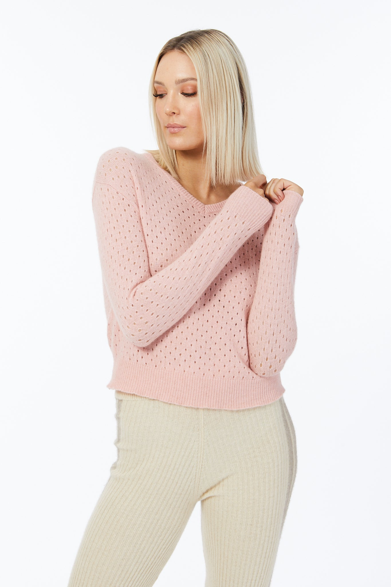 Possum Silk Merino Eyelet V Neck in Veneta Pink