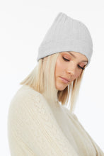 CASHMERE RIB BEANIE in Dove and Silver