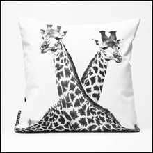 Cushion Cover SC BW 25 Giraffe