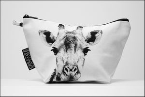 Triangle Toiletry Bag BW Giraffe Portrait