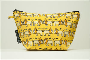 Triangle Toiletry Bag | Curious | Yellow Lion