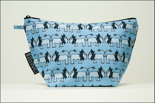 Triangle Toiletry Bag | Curious | Blue Lion