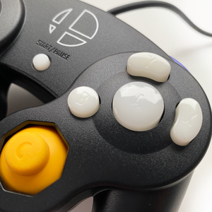 WHITE GAMECUBE CONTROLLER BUTTON SET