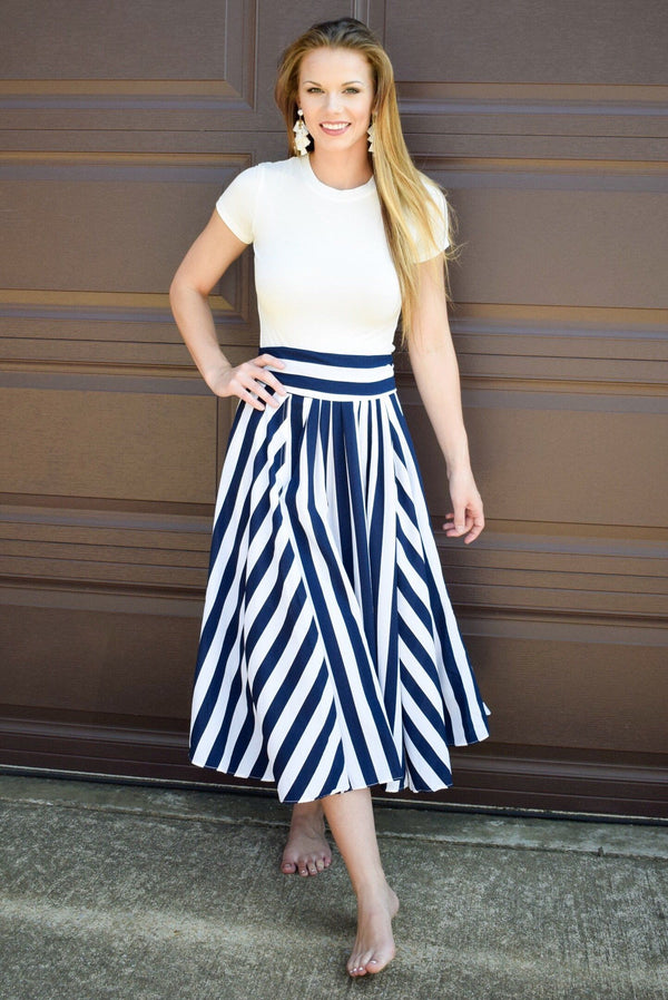 On Shore Skirt - Luxe Boutique