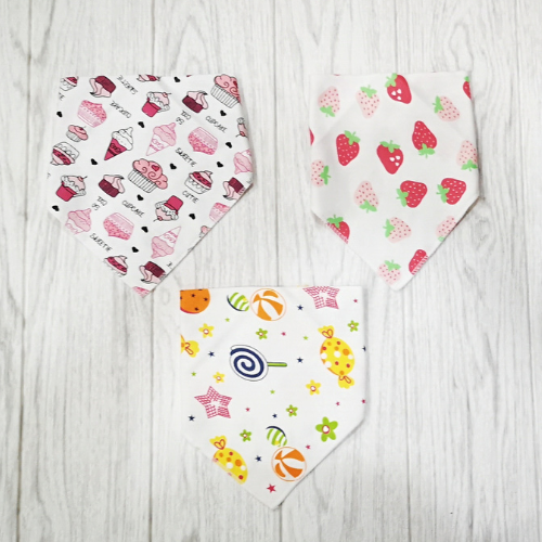 Toddler Cotton Triangle With Button Bibs Towel Cotton Baby ( Assorted )