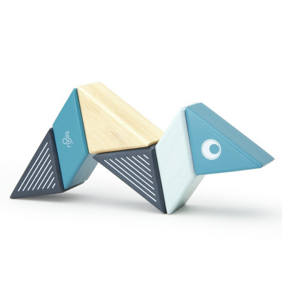 Tegu Magnetic Whale Travel Pal