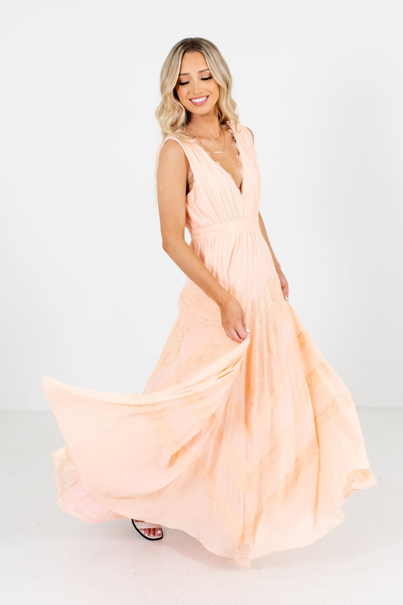 maxi dresses at bella ella online boutiuqe