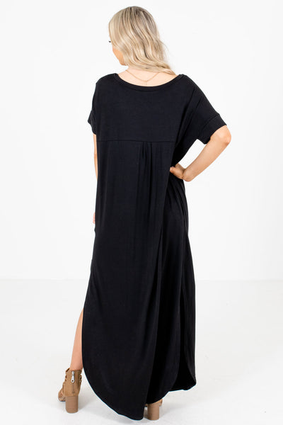 Women's Black V-Neckline Boutique Maxi Dress