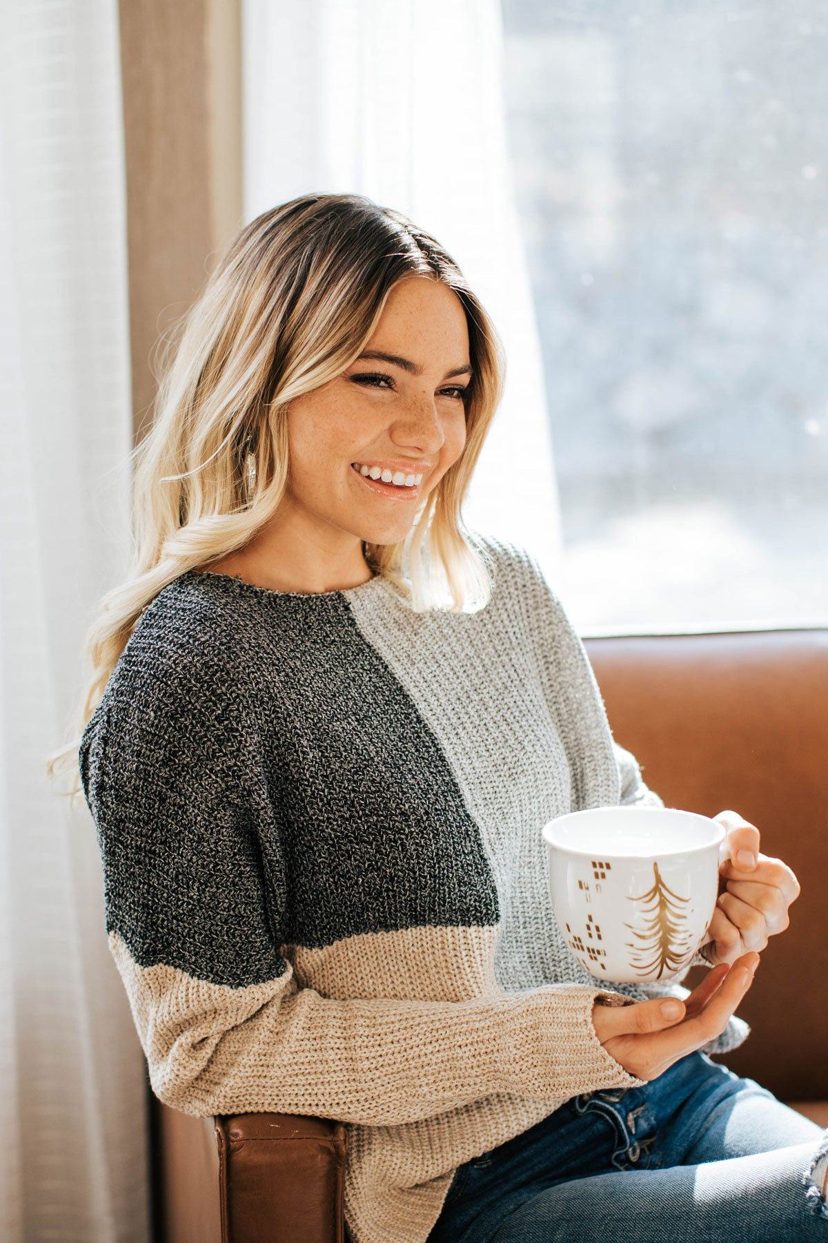 Fall Boutique Sweater with Long Sleeves