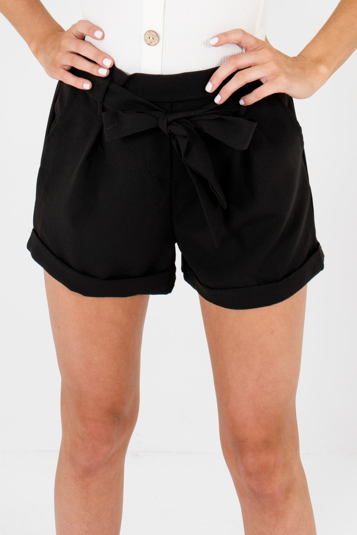 Black Pleated Business Casual Shorts with Pockets and Tie-Front Detail