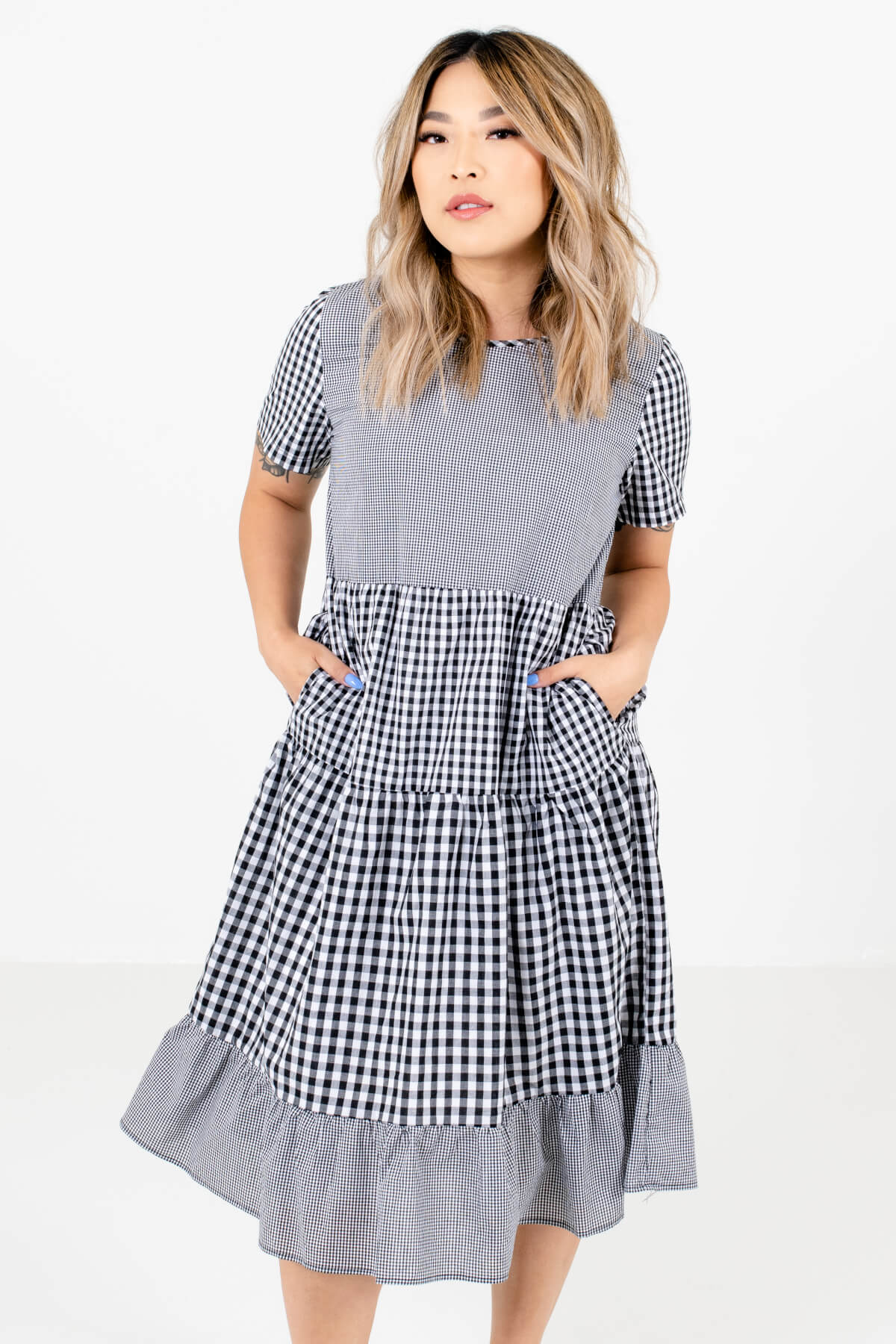 Black and White Gingham Patterned Boutique Knee-Length Dresses for Women