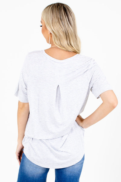 Women's Gray V-Neckline Boutique Tops