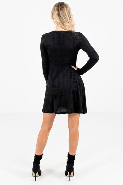 Women's Black V-Neckline Boutique Mini Dress