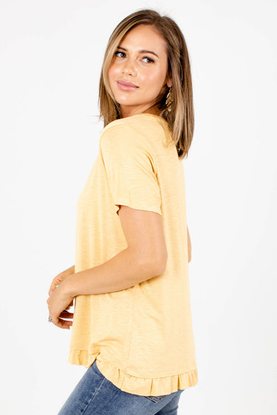 Women's Yellow Round Neckline Boutique Top