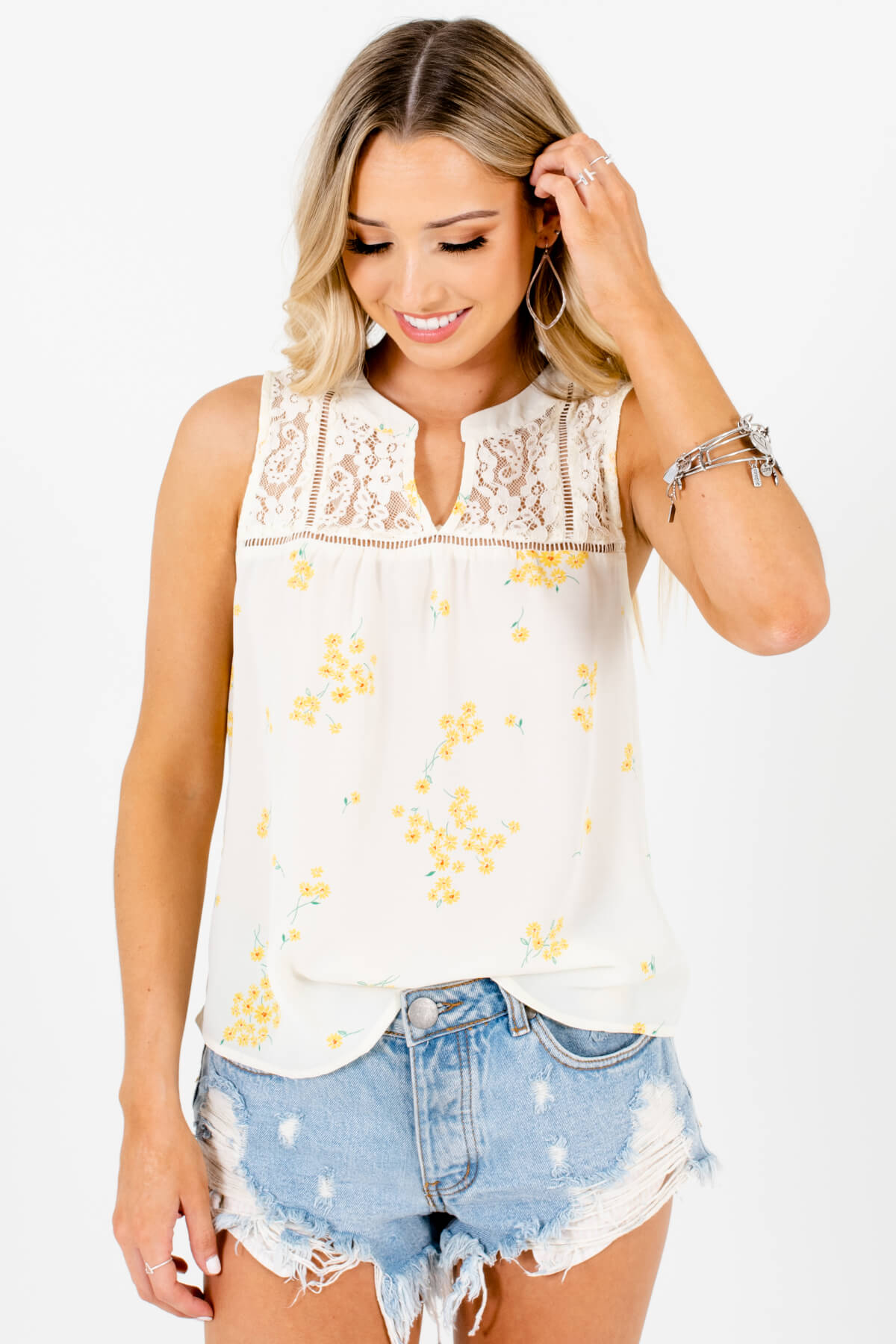 Cream Floral Patterned Boutique Tank Tops for Women