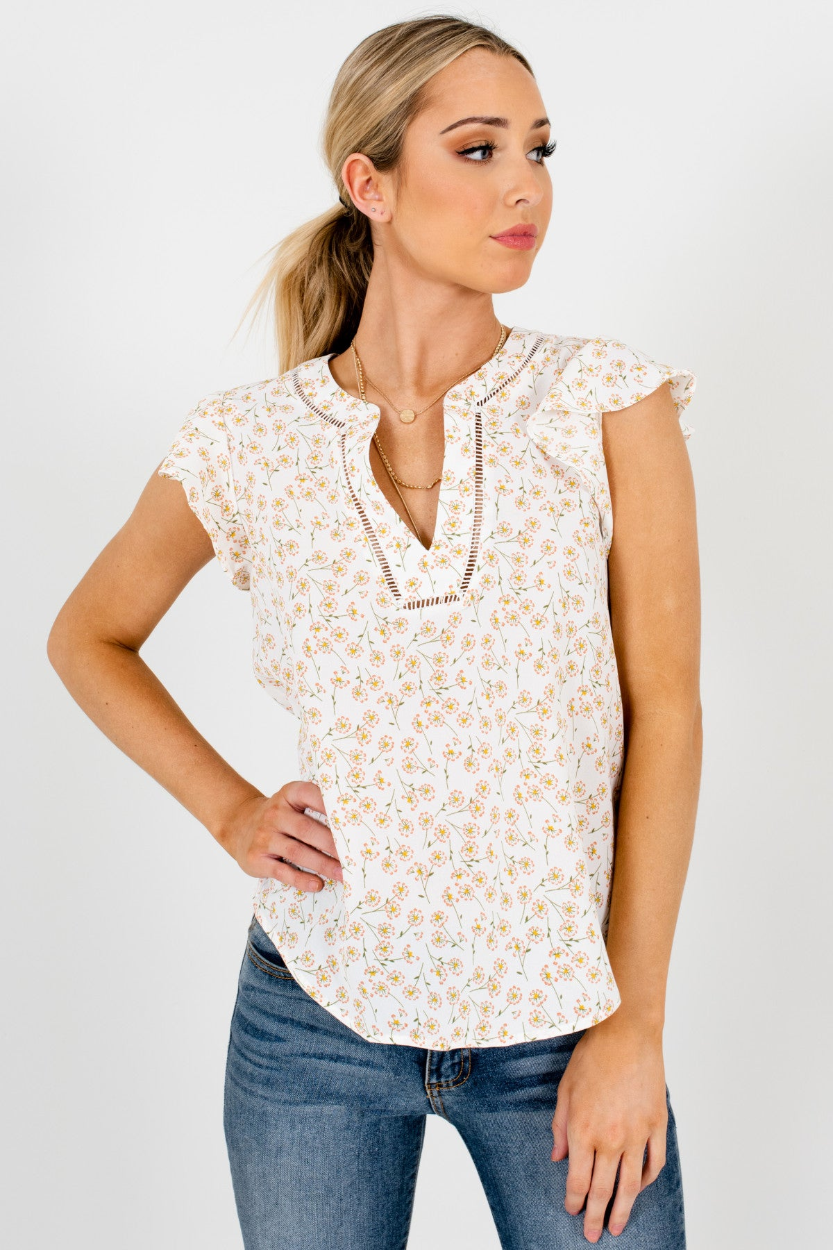 White Dandelion Print Floral Blouses with Ruffle Sleeves and Lace Accents