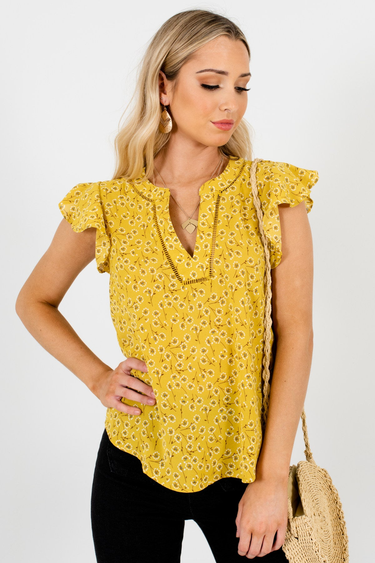 Yellow Dandelion Print Floral Blouses with Ruffle Sleeves and Lace Accents