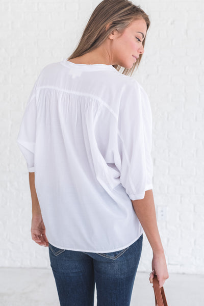lightweight boutique blouse in white