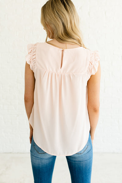 Light Pink Women's Boutique Top with Keyhole Back Detail