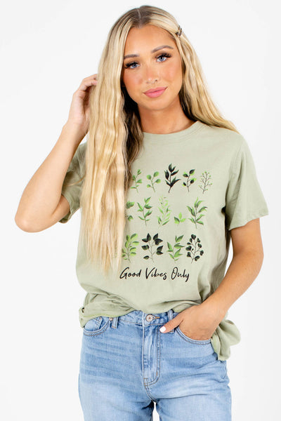 "Green ""Good Vibes Only"" Lettering Boutique Graphic Tees for Women"