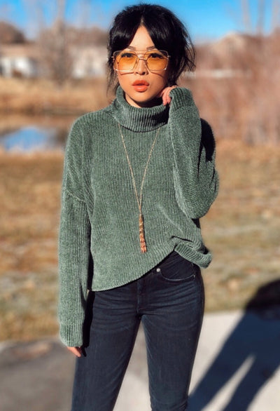 Green Women's Boutique High-Quality Cowl Neck Sweater