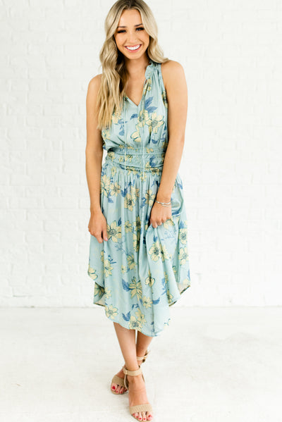 Light Blue Women's Boutique Dress with Ruched Waistline