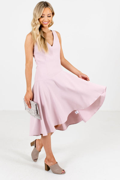Women's Blush Pink V-Neckline Boutique  Knee-Length Dress