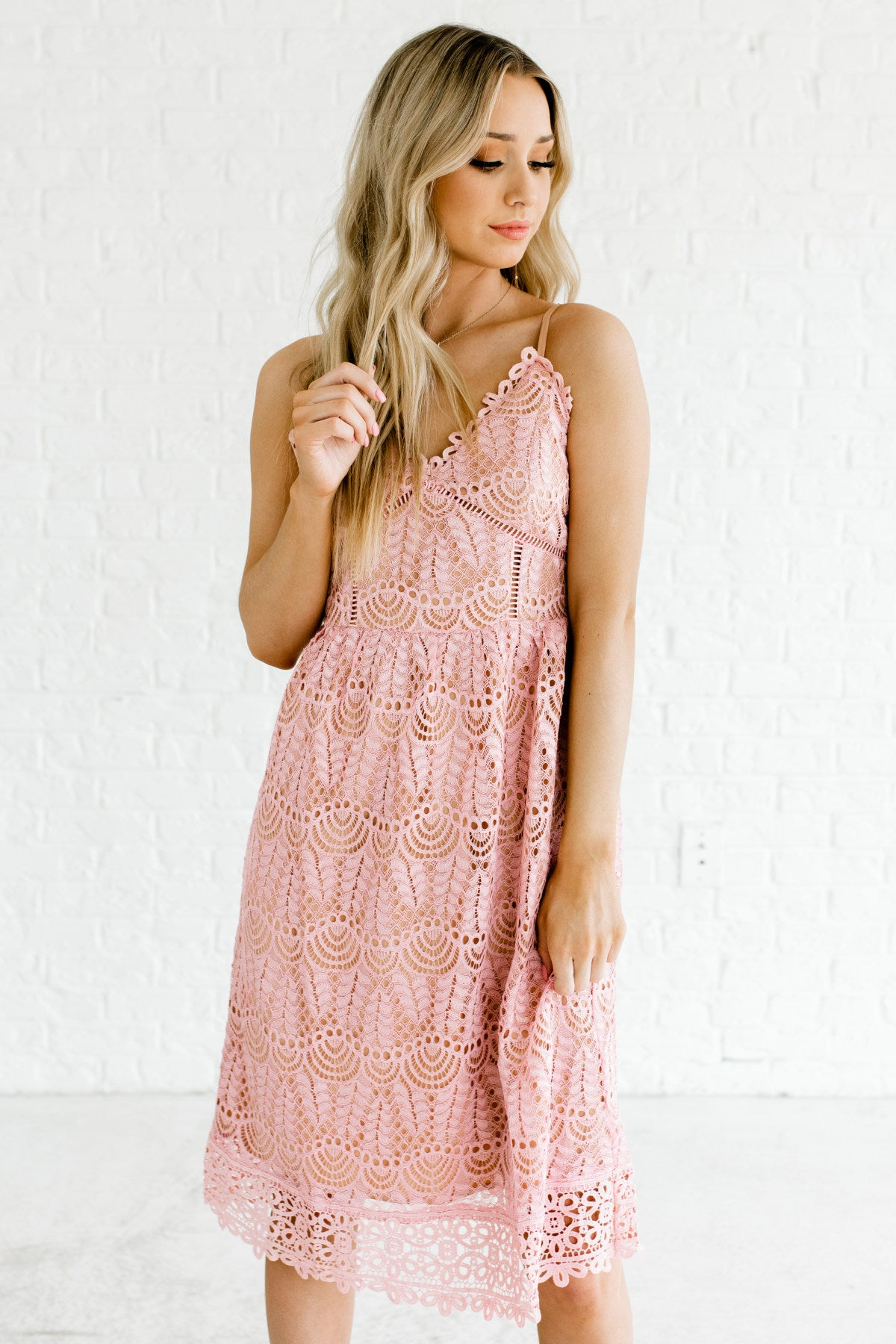 Pink Glowy Shiny Lace Overlay Knee Length Boutique Dresses