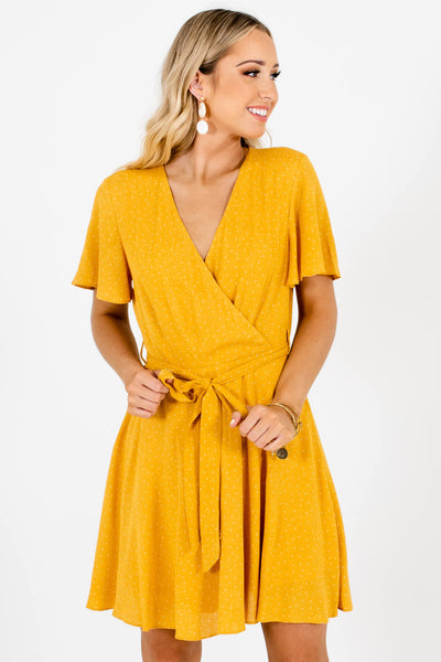 Women's Mustard Yellow Keyhole Back Boutique Mini Dress
