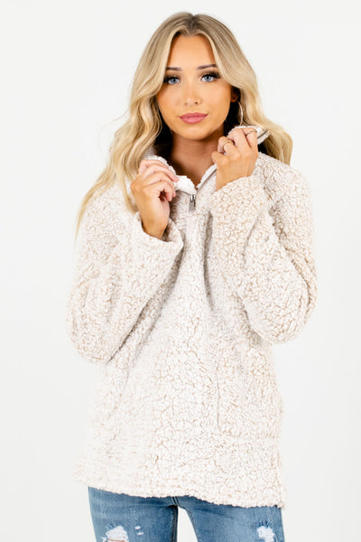 Women's Beige Warm and Cozy Boutique Pullovers